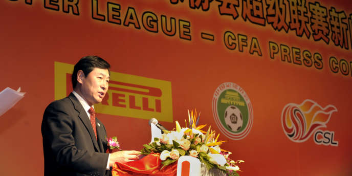 Nan Yong, l'ancien chef de la Fédération chinoise de football, lors d'une cérémonie officielle en mars 2009.