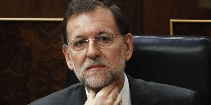 Le chef du gouvernement espagnol, Mariano Rajoy, se refuse, dans l'immédiat, à demander un plan d'aide pour l'Espagne, la quatrième économie de la zone euro.