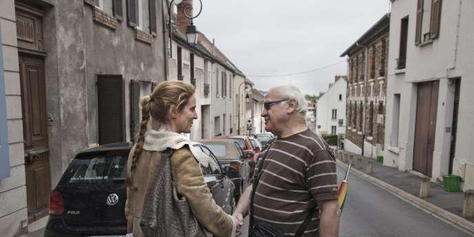 Nathalie Kosciusko-Morizet est allée à la rencontre des habitants de Montlhéry, dans l'Essonne, mardi 12 juin.