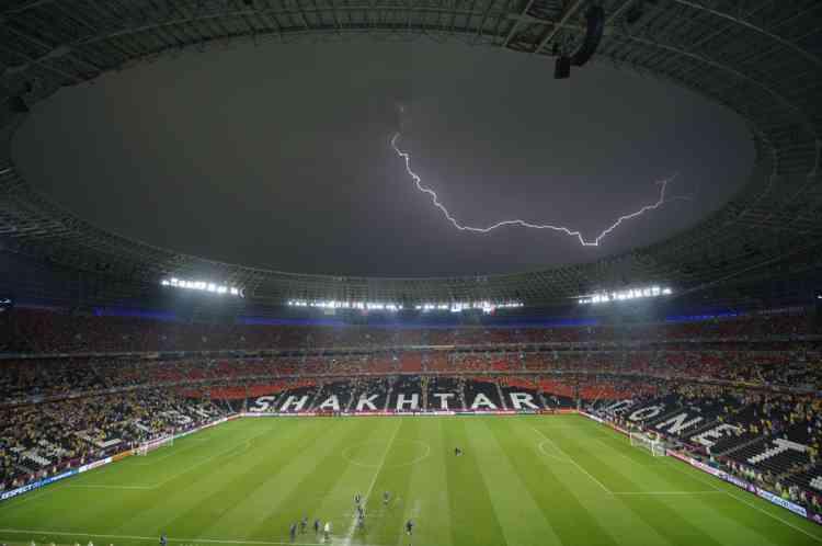 Un éclaire passe, Donbass Arena le 15 juin.