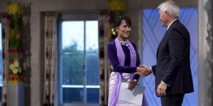 Aung San Suu Kyi a reçu son prix Nobel de la Paix samedi 16 juin à Oslo.