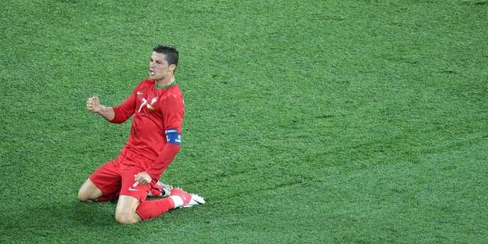Cristiano Ronaldo auteur d'un doublé face aux Pays-Bas, le 17 juin à Kharkiv.
