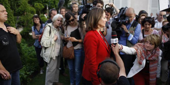 Ségolène Royal, à La Rochelle, dimanche soir 17 juin, annonce sa défaite dans la 1re circonscription de Charente-Maritime.