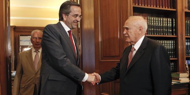 Antonis Samaras rencontre le président grec, Karolos Papoulias.
