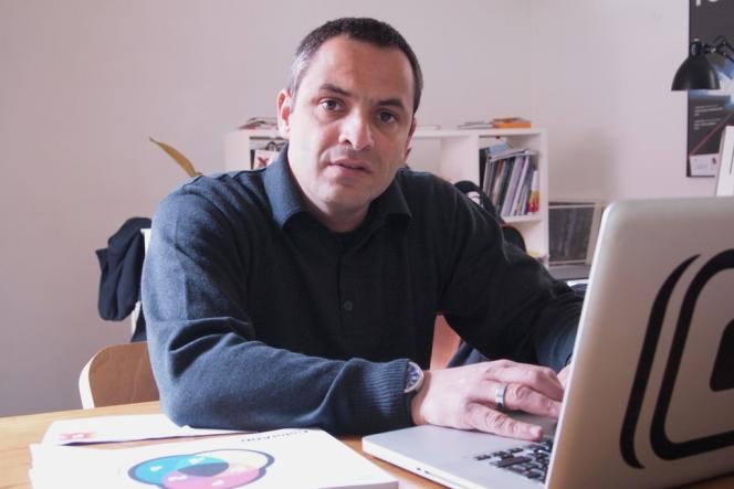 Le designer Miguel Neiva, 42 ans, s'attache à faire de sa discipline, le graphisme, une activité