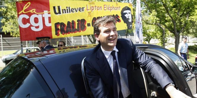 Arnaud Montebourg, lors de la rencontre avec les salariés de Fralib, à Gémenos (Bouches-du-Rhône), près de Marseille, le 25 mai.