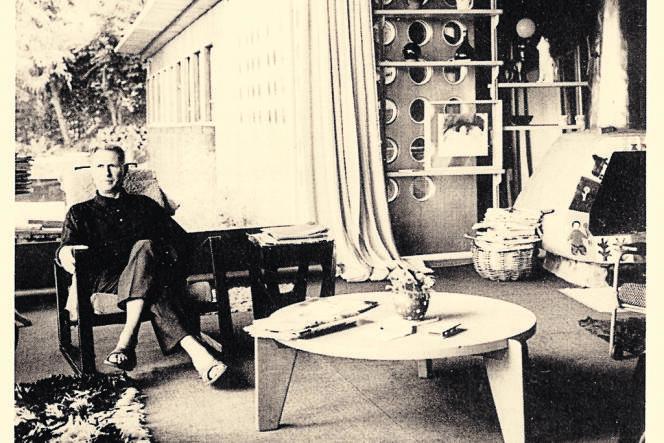 Jean Prouvé chez lui à Nancy, en 1963.