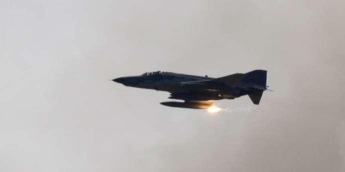 Un avion F-4 turc lors d'un exercice militaire, le 26 mai 2010.
