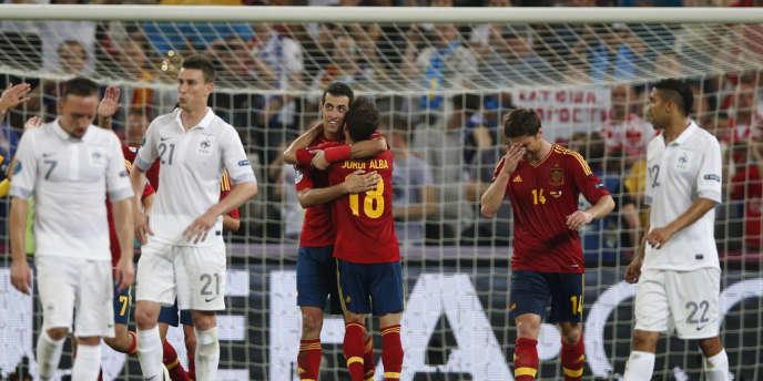 Les joueurs espagnols célèbrent leur qualification pour les demi-finales, le 23 juin à Donetsk.