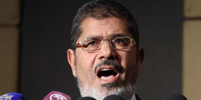 Mohamed Morsi lors d'une conférence de presse au Caire le 22 juin.
