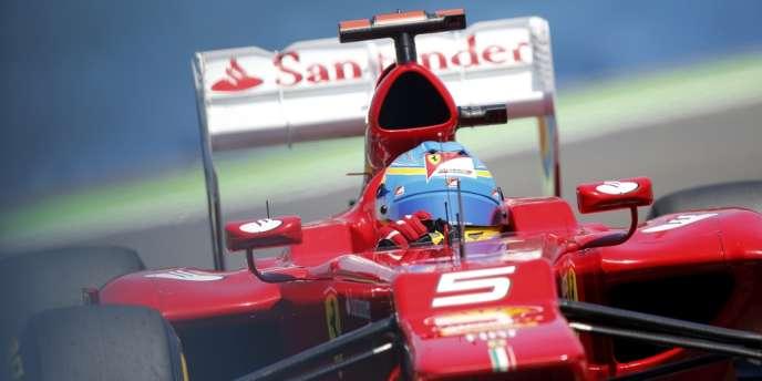 Fernando Alonso sur Ferrari a remporté le GP d'Europe à Valence et est redevenu numéro 1 mondial.