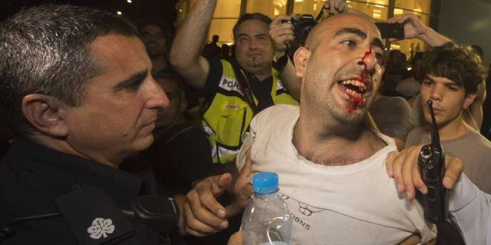 Plusieurs milliers de personnes ont manifesté samedi dans le centre de Tel-Aviv contre l'arrestation de la chef de file du mouvement social de l'été 2011