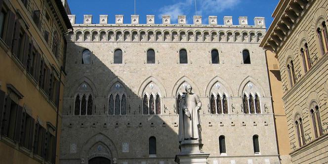 La banque Monte dei Paschi, à Sienne.