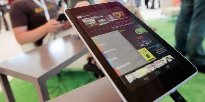 La Nexus 7 sera disponible mi-juillet aux Etats-Unis et sera fabriquée par le taïwanais Asus.