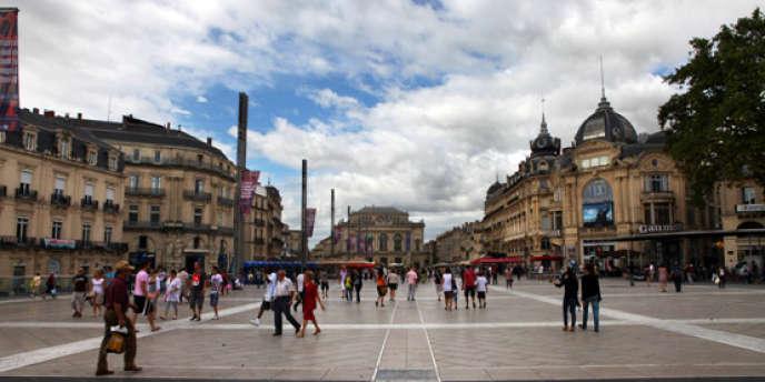 Montpellier une ville attractive qui n 39 h site pas le - Piscine place de l europe montpellier ...