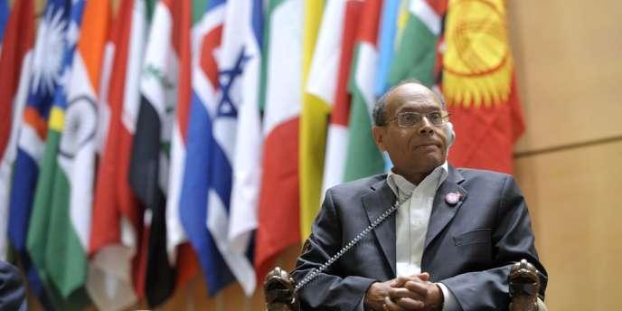 Le président de la république tunisienne Moncef Marzouki, a annoncé mercredi 27 juin le limogeage du directeur de la banque centrale tunisienne (BCT) Moustapha Kamel Nabli.