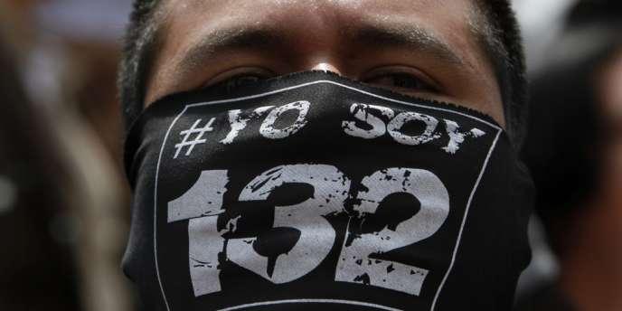 Manifestation des étudiants du mouvement #Yosoy132, à Mexico, dimanche 24 juin.