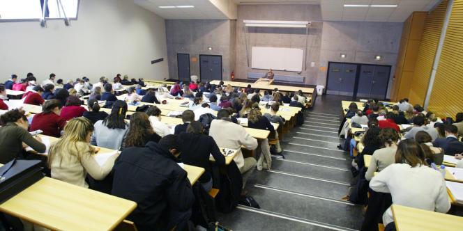 Pour appâter les étudiants, une start-up propose des bourses, des places de concert, des événements sportifs, des tablettes numériques...