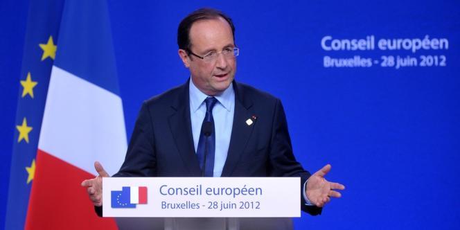 Le gouvernement Ayrault évoque pour l'instant la stabilisation globale des effectifs de fonctionnaires. Donc un maintien des effectifs à leur niveau de 2012, et non la suppression de