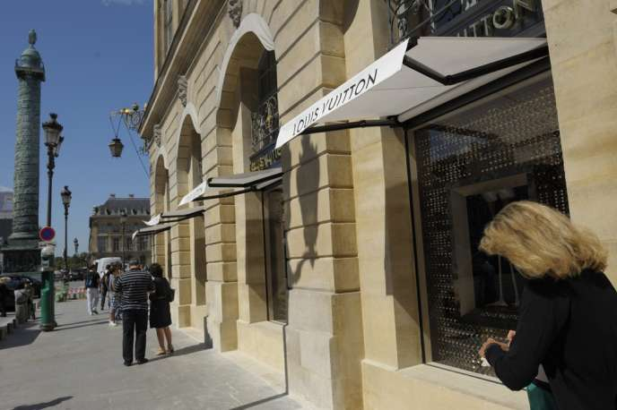 La boutique Louis Vuitton place Vendôme.