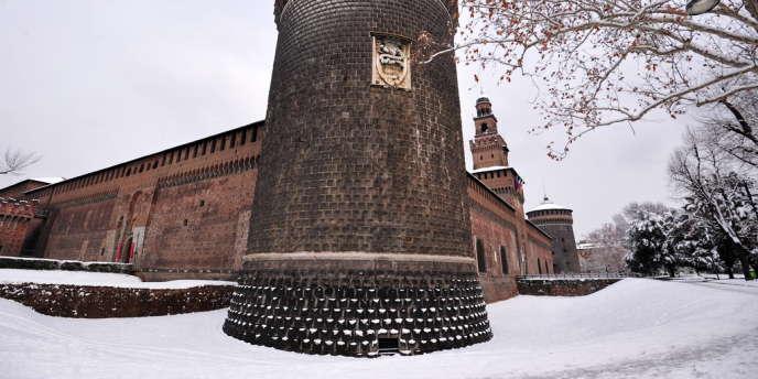 Les dessins auraient été retrouvés dans le château Sforzesco, à Milan.