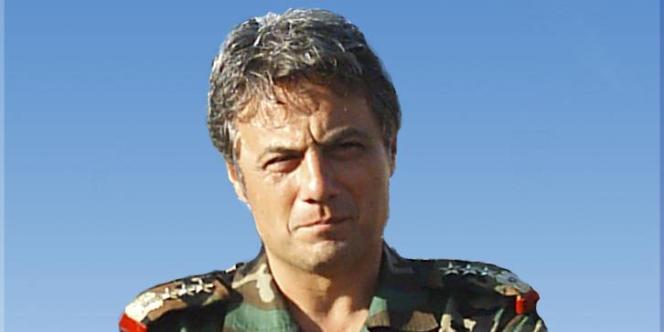 Le général syrien Manaf Tlass, le 21 février 2011.