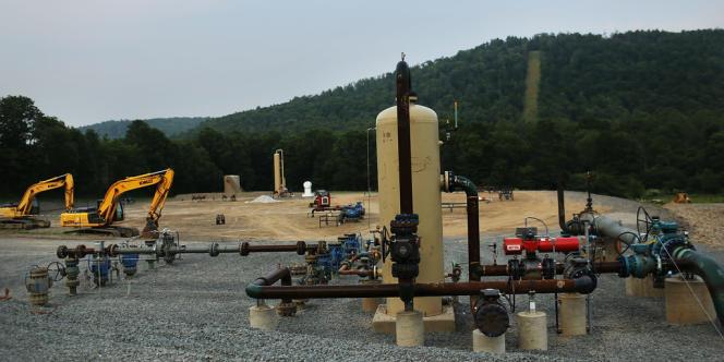 Site de fracturation hydraulique pour extraire du gaz naturel, en Pennsylvanie, juin 2012.