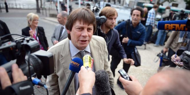 Bernard Thibault, le leader de la CGT, devant le palais d'Iéna, lundi 9 juillet 2012.