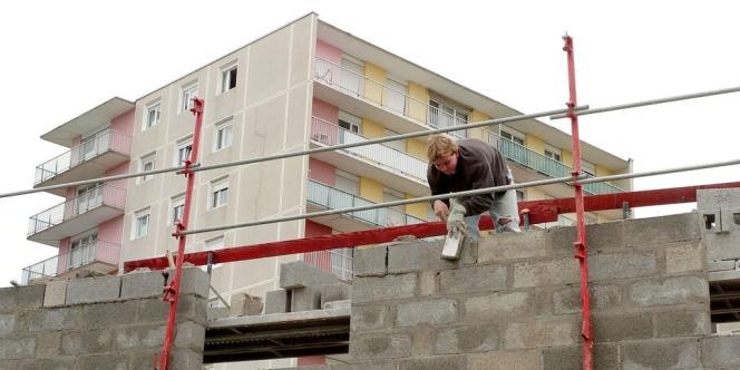 La loi permettant d'augmenter de 30 % une construction était le dernier texte du quinquennat de Nicolas Sarkozy.