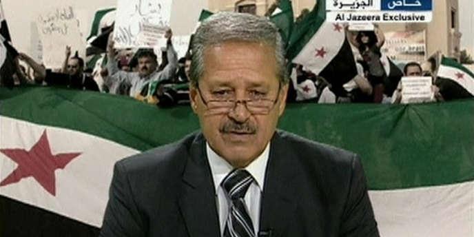 De Bagdad, Naouaf Fares a appelé l'armée à