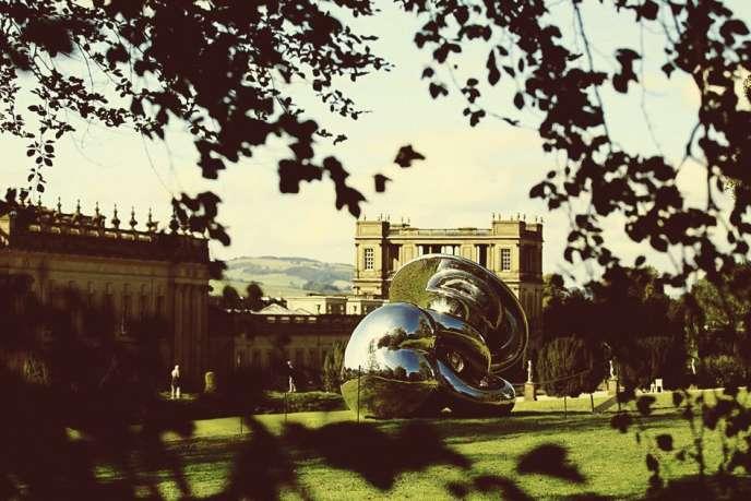 Chatsworth sert d'écrin à des expos-ventes. Ici, une sculpture de Richard Hudson.