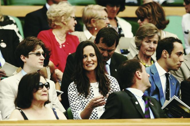 Pippa et James Middleton, sœur et frère de la duchesse de Cambridge, au tournoi de Wimbledon, autre rendez-vous prisé de l'aristocratie.