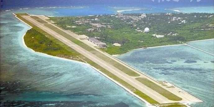 La piste d'atterrissage du petit aéroport de l'île de Sansha.