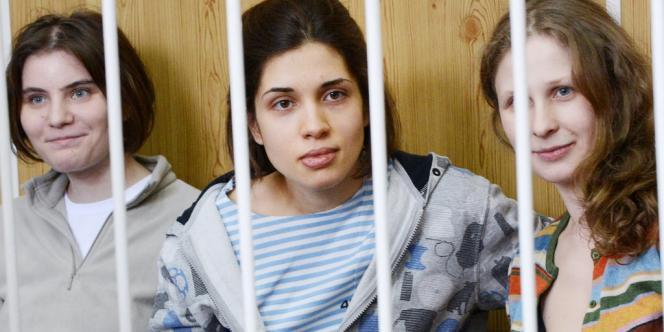 Les trois jeunes femmes ont été arrêtées il y a cinq mois pour une