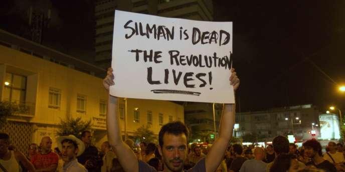 Manifestation en hommage à Moshé Silman, qui s'est immolé par le feu le 14 juillet, à Tel-Aviv le 21 juillet.