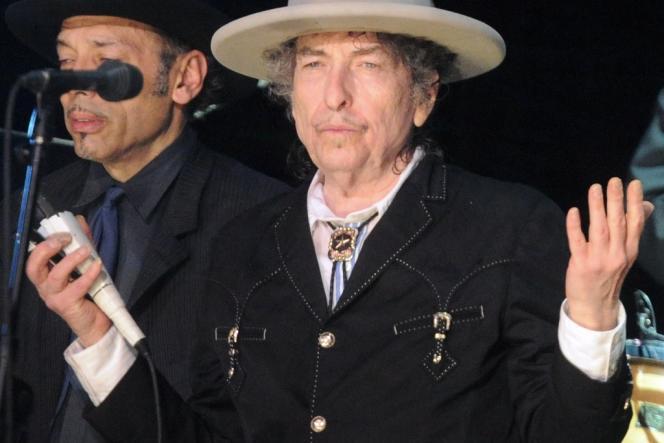 Bob Dylan en concert au Bluesfest music festival, le 25 avril 2011.