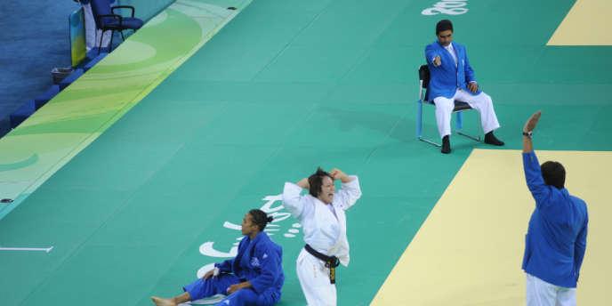 Défaite en finale des JO de Pékin pour Lucie Décosse.
