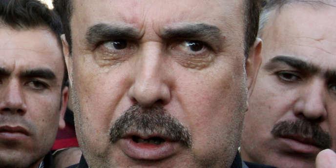 Le général Rustom Ghazalé, ex-directeur de la sécurité militaire à Damas, a été nommé chef de la sécurité politique.