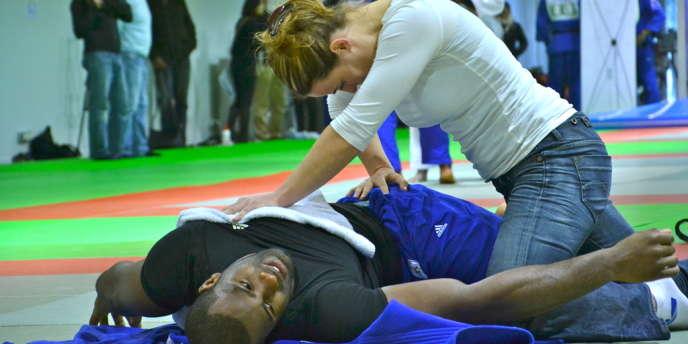 Armelle O'Brien est la kiné de l'équipe de France de judo.
