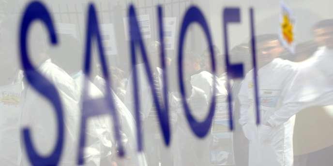 Le groupe Sanofi veut restructurer ses activités en France mais ne chiffre pas l'effet sur l'emploi.