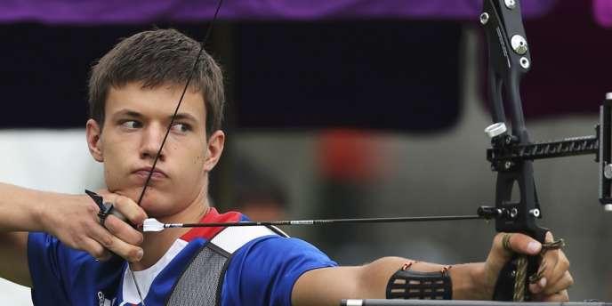 Gaël Prévost lors de l'épreuve préliminaire de tir à l'arc.
