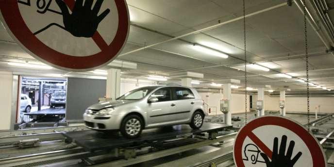 En Allemagne, les métiers de mécaniciens, ceux liés à l'énergie, à la construction automobile, à la machine-outil, ou encore les professions liées à la vente et à la santé sont demandés. Ici, l'usine Volkswagen de Wolfsburg.
