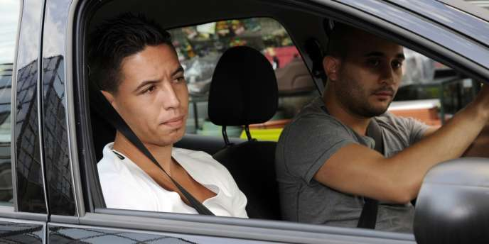 L'international Samir Nasri arrive au siège de la FFF, Paris le 27 juillet.