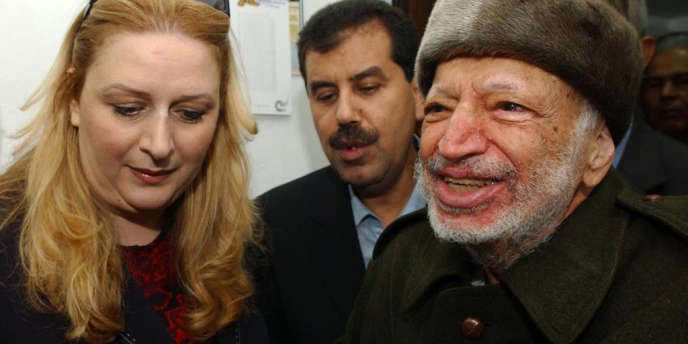 Souha et Yasser Arafat, à Ramallah en octobre 2004, peu avant la mort du leader palestinien.