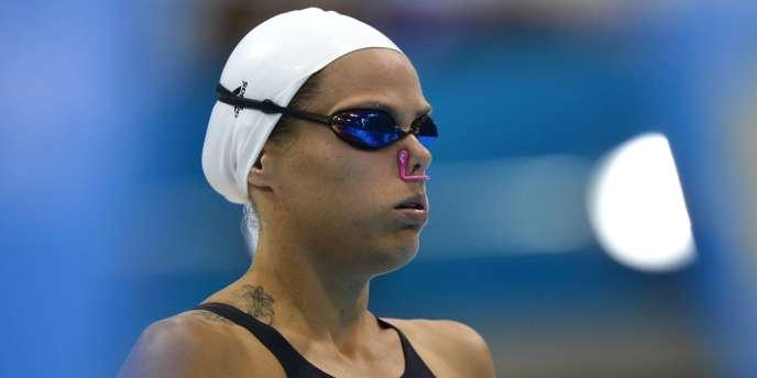 Laure Manaudou replonge pour disputer jeudi les séries du 200 m dos. Ici, le 29 juillet dernier au départ du 100 m dos.