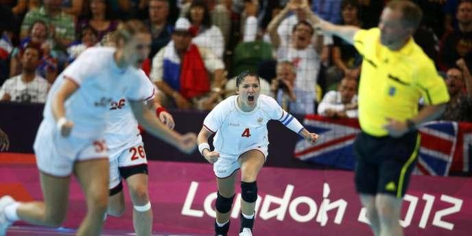 Le Monténégro a battu mardi l'équipe de France féminine de handball en quart de finale (23-22).