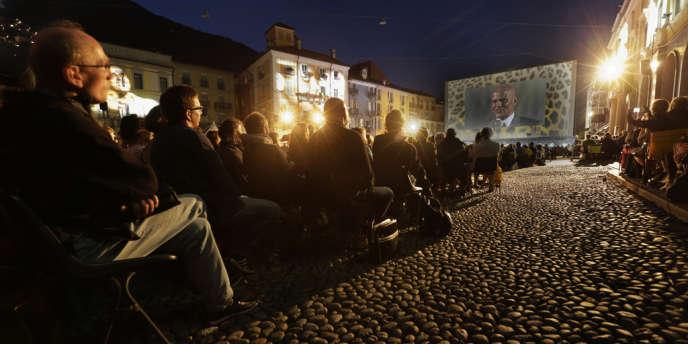 Harry Belafonte a présenté la rétrospective de l'oeuvre d'Otto Preminger sur la Piazza Grande au Festival de Locarno.