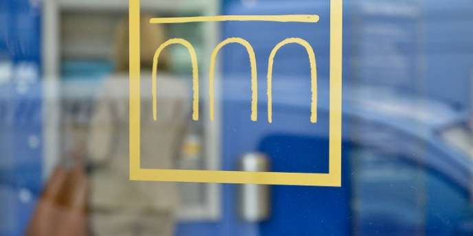 La Banque d'Italie tablait en juillet sur un repli du PIB national de –2 % en 2012 et une poursuite de la récession en 2013 (–0,2 %).