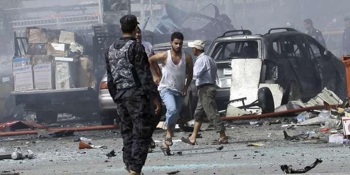 Un attentat à la voiture piégée a visé une cérémonie de deuil chiite à la mémoire de l'imam Ali, dans le village d'Al-Tanmiyah.