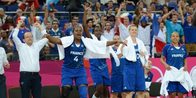 Les basketteuses françaises ont dominé les Russes (81-64) jeudi en demi-finale.
